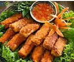 Thay đổi khẩu vị cho gia đình với món nem hải sản rán thơm ngon